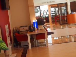 Mercure Okinawa Naha 酒店內的 OTS 租車處