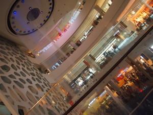 樂天商場音樂噴泉。